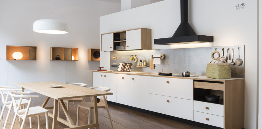 Lepic kitchen system by Jasper Morrison for Schiffini. FENIX NTM Bianco Malé.