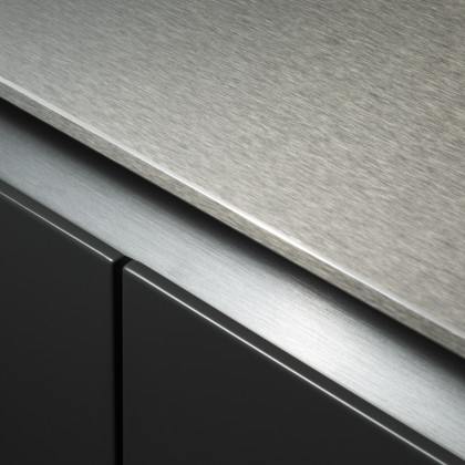 kitchen top and cabinets in FENIX NTA.