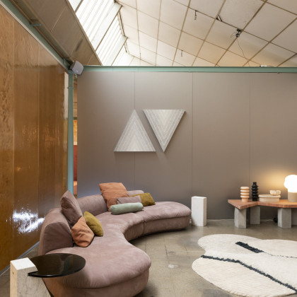 Milan Design Week 2019 | Les Arcanistes by Studio Pepe. Wall and partition in FENIX NTA Acciaio Hamilton.